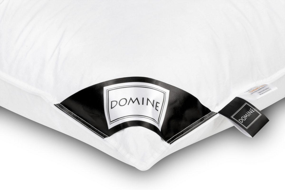 Perna puf gasca Domine 60×60 din bumbac 100% natural, isi mentine elasticitatea in timp, cu fermitate medie spre tare