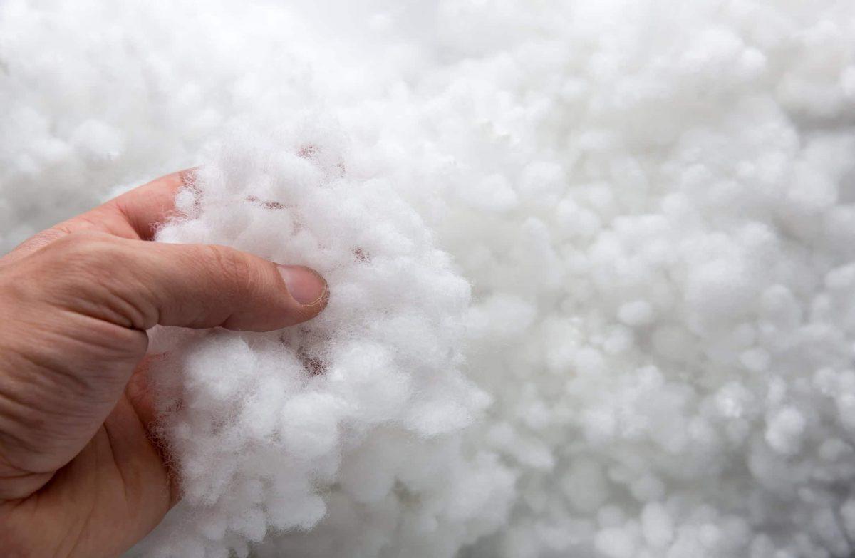 Umplutura perne Superball tip bilute din fibre de poliester, siliconizata si hipoalergenica, la sac cu greutate neta 17kg/sac