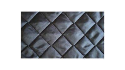 Căptușeală matlasată cu ață, vată 200 gr/mp, lățime 1,5 m, lungime 50 m, 75 mp, romb 5 cm