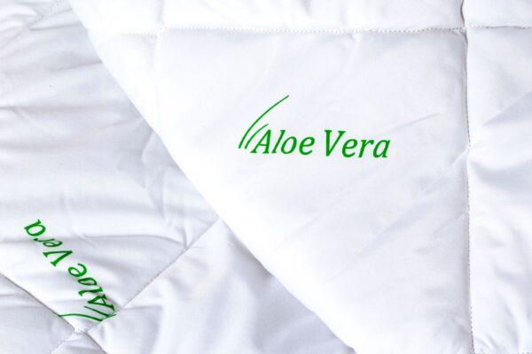 Pilota Somnart matlasata imprimeu Aloe Vera – 150×210