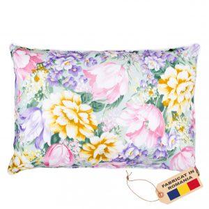 Perna SOMNART, 50×70 cm, umplutura pene 90%, puf 10%, bumbac 100%, model floral multicolor
