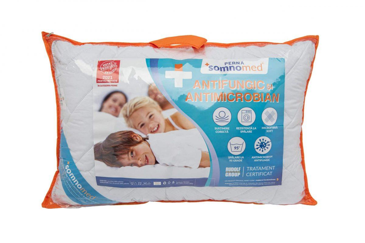 Perna Somnomed Antimicrobiană și Antifungică lavabilă la 95°C – 50 x 70 cm, ambalata la geanta cu manere